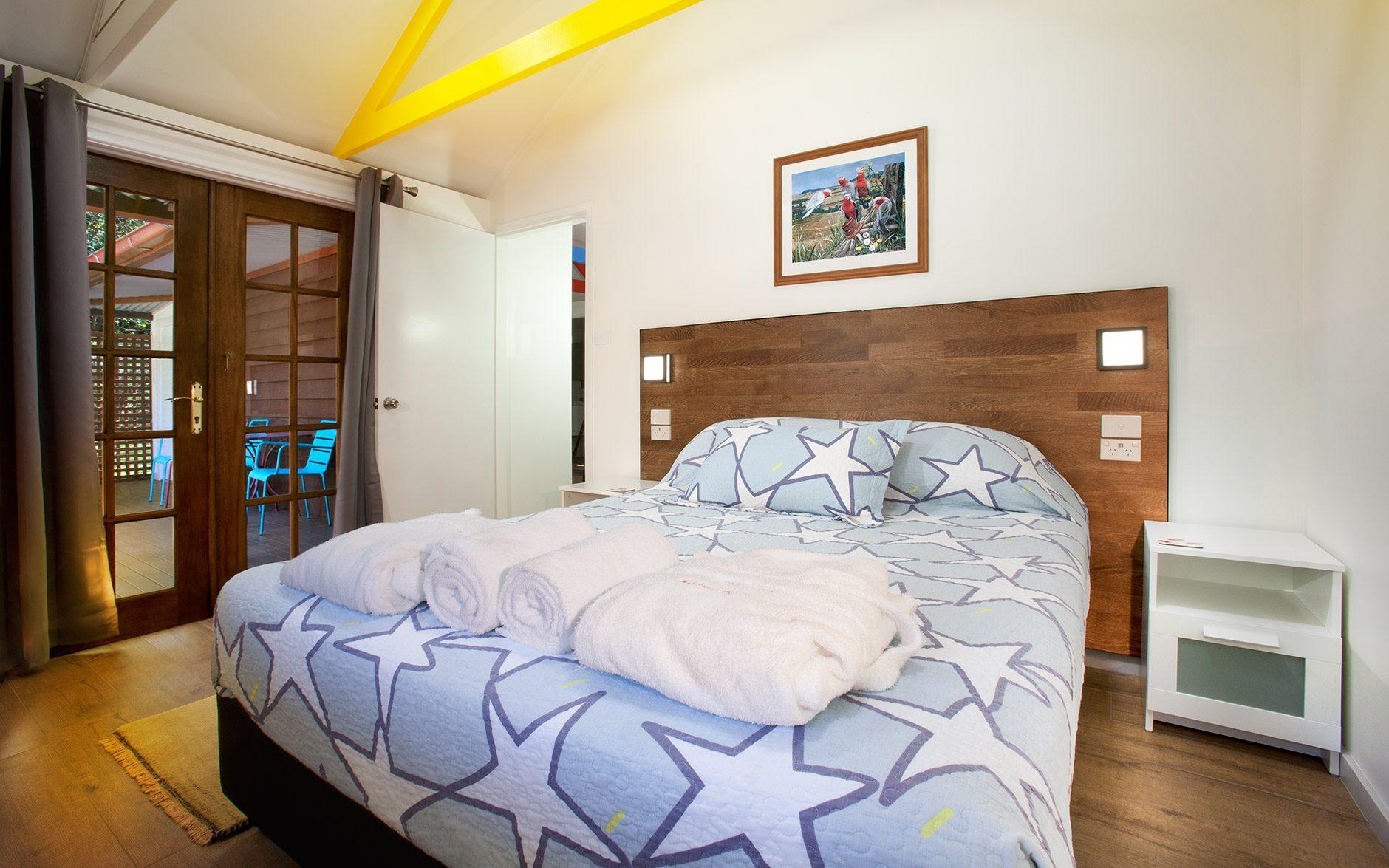 Melaleuca Seaside Retreat - Paperbark Cottage Second Bedroom to Verandah